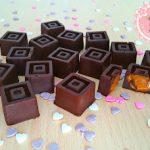 Bombones de chocolate rellenos de dulce de leche