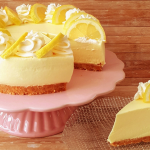 Tarta mousse de yogur de limón