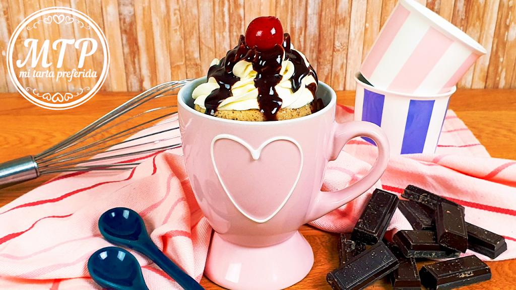 Mug cake de vainilla y chocolate
